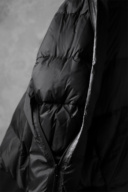 RUNDHOLZ HIGH NECK BIG BLOUSON / duck down & feather