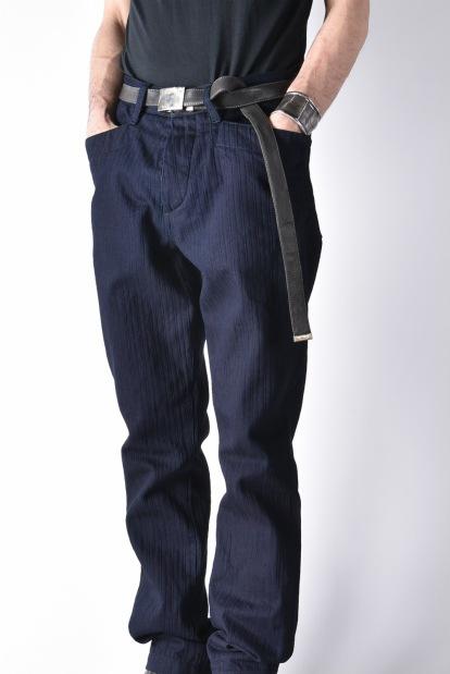 sus-sous indigo horseman slim trousers with zukku