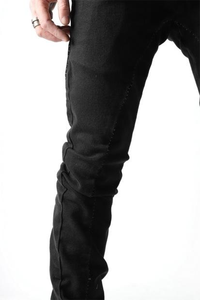 thom/krom OVERLOCKED SKINNY TROUSERS / STRETCH BLACK DENIM