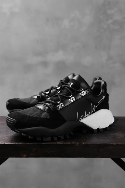 Y-3 Yohji Yamamoto (KYOI TRAIL) LEATHER LOW -CUT SNEAKERS