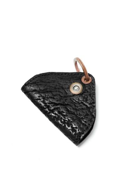 ierib triangler key holder / waxy JP culatta