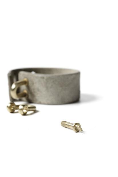 Parts of 4 Restraint Charm Bracelet 30mm
