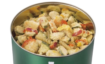 サバイバルフーズ・野菜のクリームパスタの調理イメージ