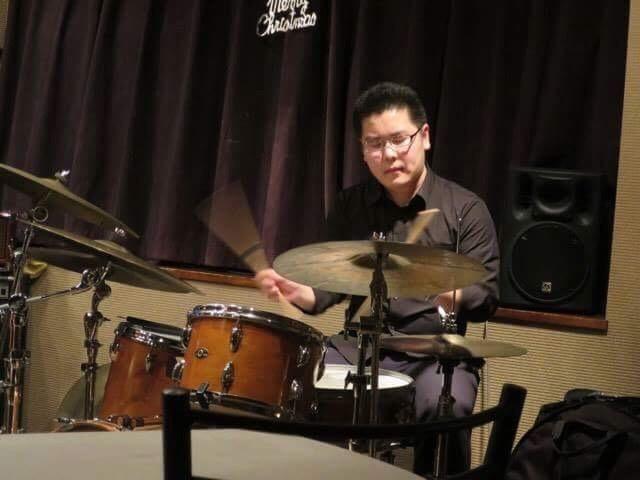 ドラム 綱川康太郎