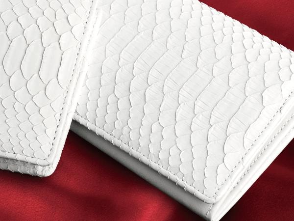 白蛇財布の説明〜信頼の日本製にし