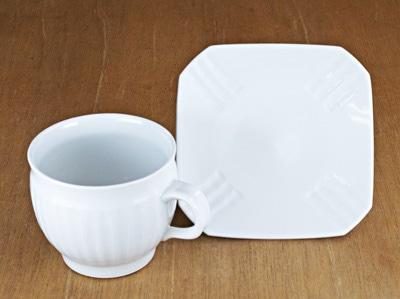 砥部焼き 工房芥川 白磁しのぎコーヒーカップ