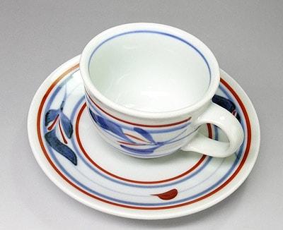 三つ葉文のコーヒーカップ