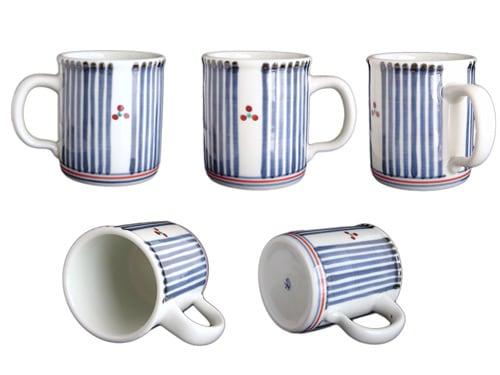 砥部焼窯元、梅山窯さんの切立マグカップ