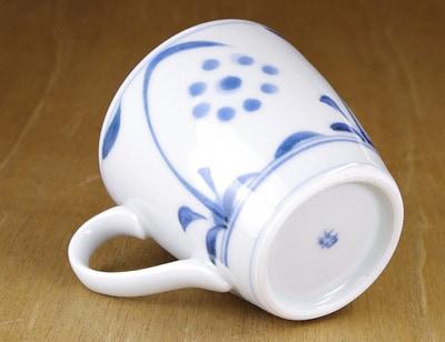 砥部焼 切立ミルクカップ