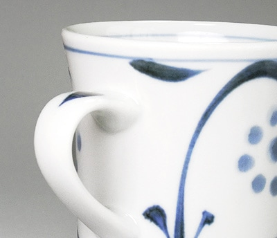 砥部焼 太陽文のマグカップ