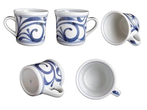 砥部焼梅山窯さんの反りマグカップ