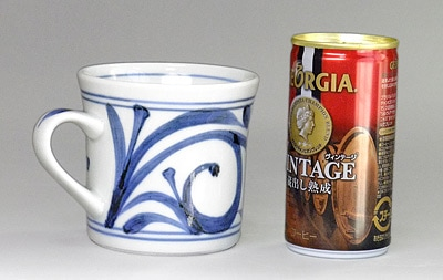 マグカップ 唐草文 大きさ比較