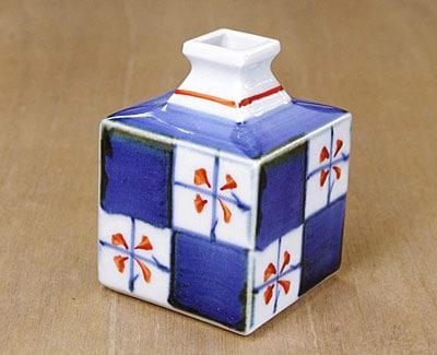 市松文花瓶