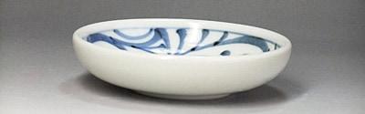 砥部焼 梅山窯の小皿