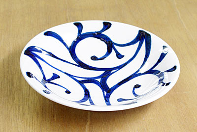 和食器 使い勝手のいい丸皿