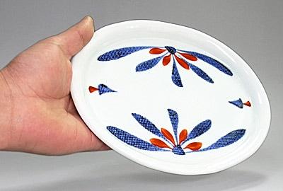 和食器 楕円皿 持ったところ