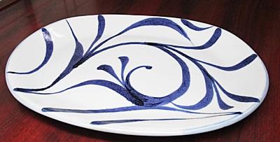 和食器、唐草文の大皿