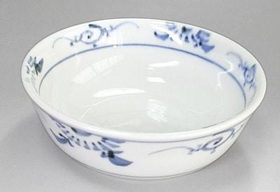 砥部焼の小鉢