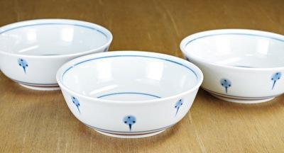 砥部焼梅山窯 3.7寸平鉢 たんぽぽ