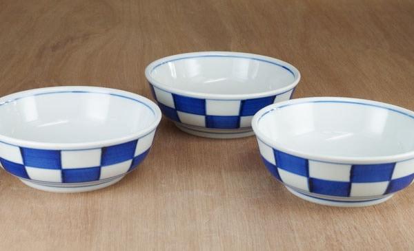 砥部焼き 梅山窯 平鉢