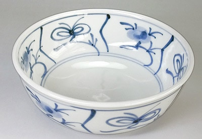 砥部焼 梅山窯 浅鉢の内側