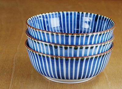 砥部焼き 5寸鉢 重なり