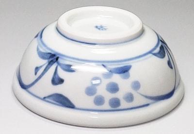 砥部焼、梅山窯の小鉢