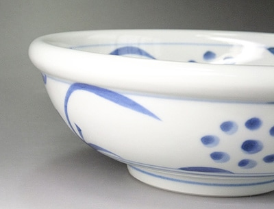 梅山窯 玉縁鉢 太陽文