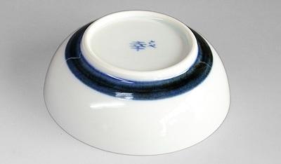 砥部焼の浅鉢