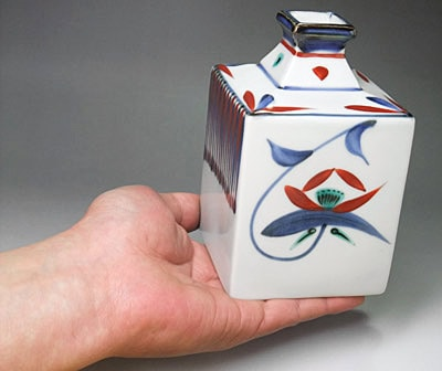 梅山窯の角瓶