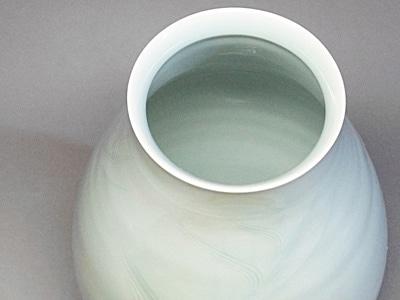 花瓶 青白磁