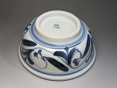砥部焼、唐草文のうどん鉢