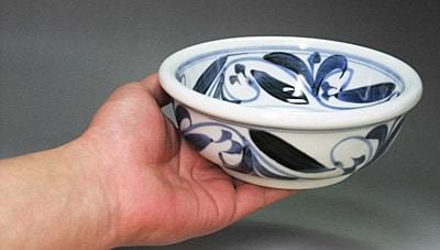 和食器、砥部焼、江泉窯の玉縁鉢