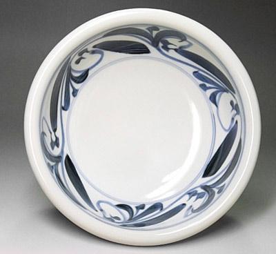 和食器、砥部焼の玉縁鉢