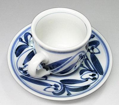 砥部焼 唐草文のコーヒーカップ