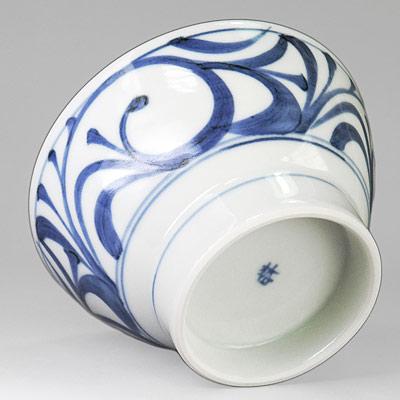 梅山窯 ごはん茶碗 唐草文