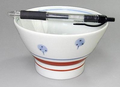 梅山窯 たんぽぽ文 くらわんか茶碗 大きさ比較
