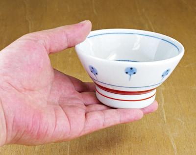 子供茶碗 持ったところ