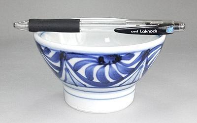 砥部焼き 梅山窯 くらわんか茶碗 菊文