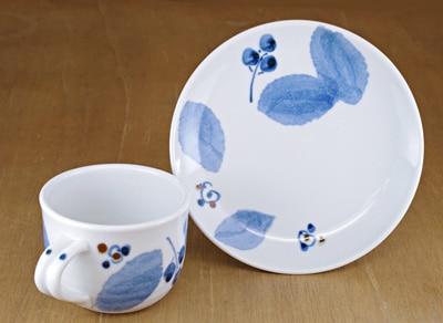 砥部焼き 森陶房 コーヒーカップ ブルー木の葉