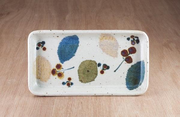 砥部焼 森陶房 長板皿(土)木の葉