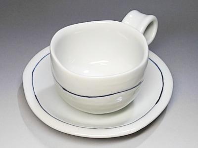 和食器、シンプルなコーヒーカップ