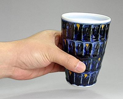 フリーカップを持ったところ