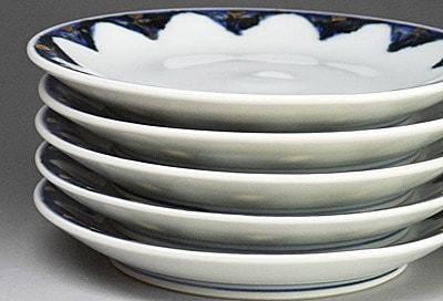 砥部焼、西岡工房の丸皿