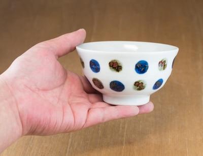 茶碗 飯碗 持ったところ