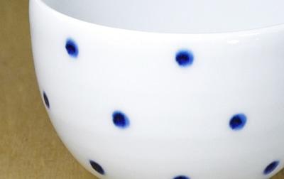 五松園 カップ 水玉