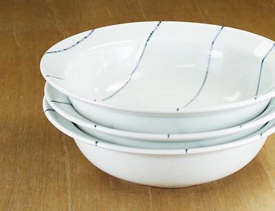 砥部焼き 梅乃瀬窯 リム付き鉢 重なり