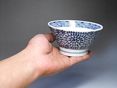 砥部焼のくらわんか茶碗