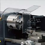 精密卓上旋盤コンパクト9,φ80mmの三爪スクロールチャックを標準装備、オプションでφ100mにする事も可能