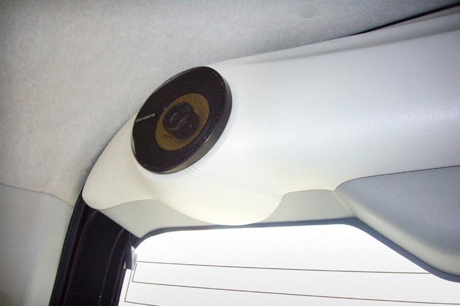 ユーアイビークル/UIvehicle ハイエース/HIACE ミドルルーフ用リアゲートスピーカーキット